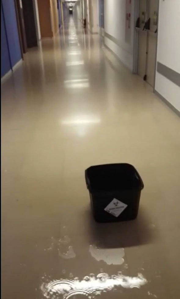 Goteras en el Hospital Universitario de Burgos