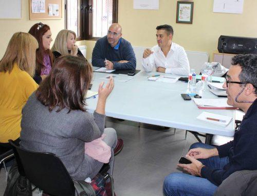 Visita de los senadores de Compromís a Ávila