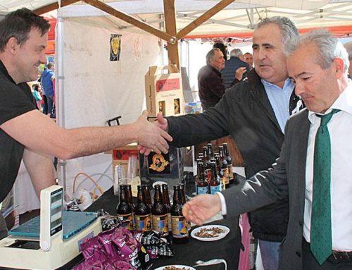 La localidad castellanista de Melgar celebra San José con buen tiempo, pesca, maquinaria y alimentos